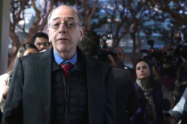 Temer ainda estuda nome para presidência da Petrobras