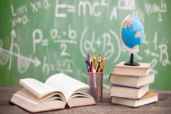 Mais educação e menos ideologia nas escolas