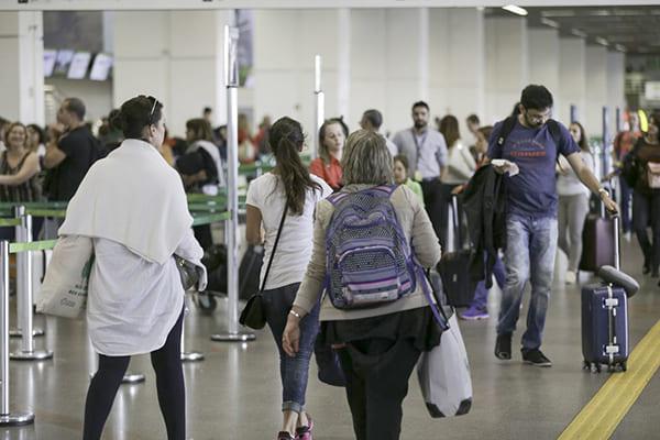 Infraero espera mais de 1 milhão de passageiros no feriadão