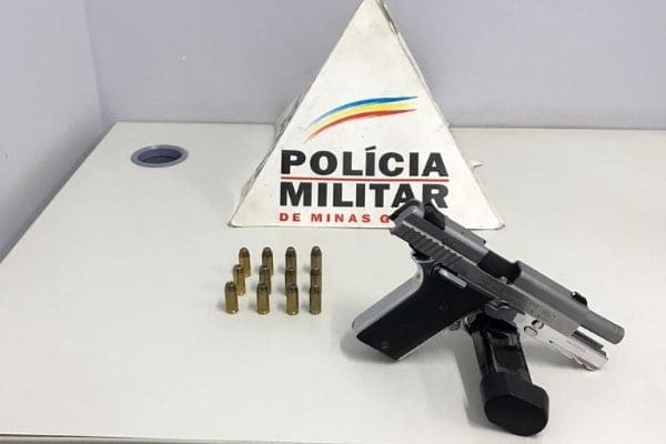 Homem é preso com arma e munições no Arvoredo
