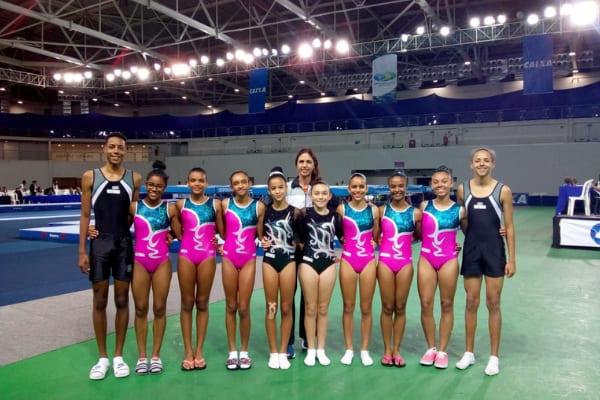 Ginastas de Contagem conquistam 18 medalhas no trampolim
