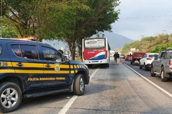 Acidentes de trânsito no feriado de Finados deixam 86 mortos no Brasil