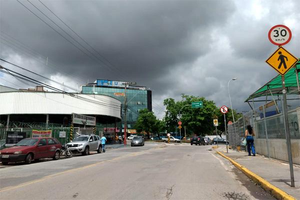 Semana inicia com chuvas isoladas em Contagem