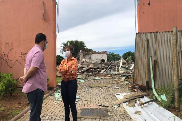 Centro de Consultas Especializadas Iria Diniz é demolido pelo ex-prefeito