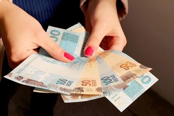 Receita libera consulta a 4º lote de restituição do IR na segunda