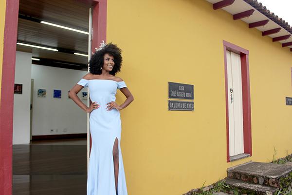 Contagense representa município em concurso de beleza nacional