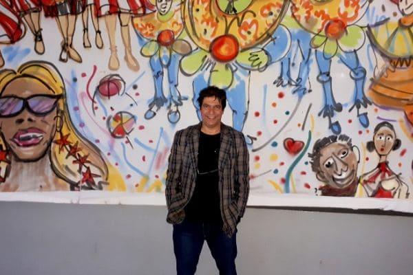 Fernando Perdigão expõe trabalhos em colégio tradicional de BH