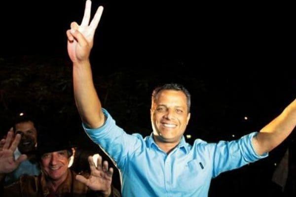 Prefeito de Contagem diz que não tentará a reeleição
