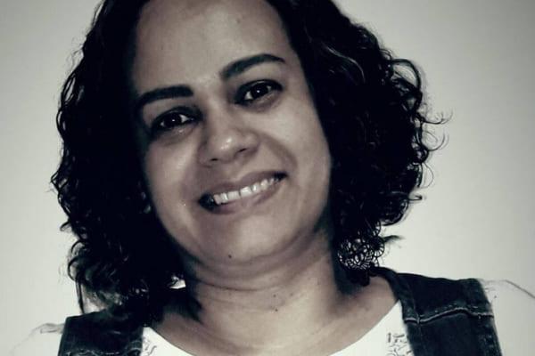 Família e amigos procuram mulher desaparecida em Contagem