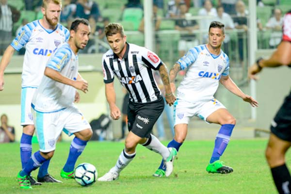 Atlético-MG vence em casa e soma seis pontos no Brasileirão