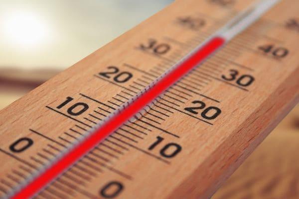 Calorão exige cuidados redobrados com a saúde