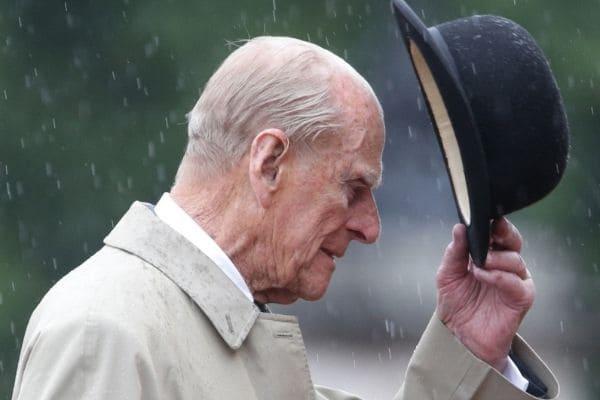 Príncipe Philip morre aos 99 anos, no Castelo de Windsor
