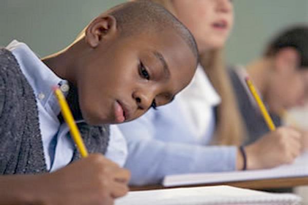 Cadastramento escolar em Contagem começa na segunda-feira