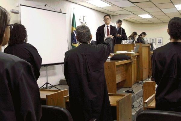 Tribunal de Justiça recebe inscrições para jurados em Contagem