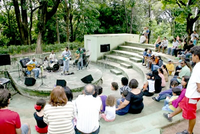 Música no Parque Ecológico Thiago Rodrigues Ricardo.
