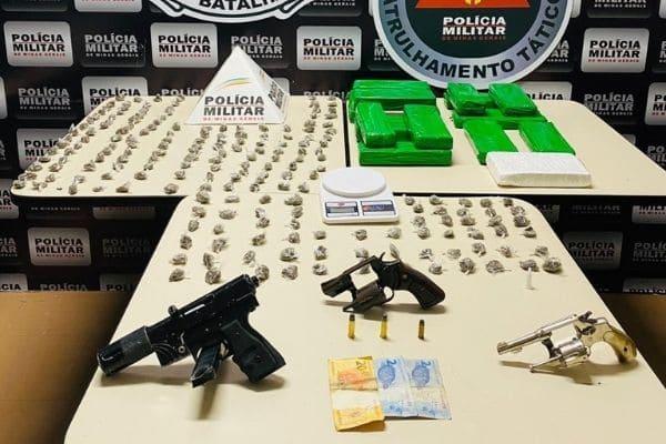 PM apreende grande quantidade de drogas no Vila Renascer