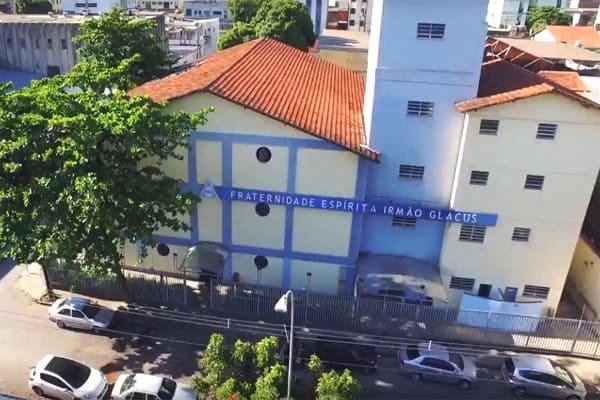 Bazar beneficente de Natal Irmão Glacus