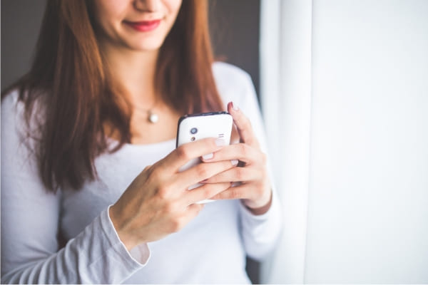 Número de linhas de celular tem maior queda do ano em novembro