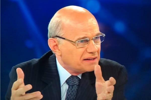 Jornalista Ricardo Boechat morre em queda de helicóptero em SP
