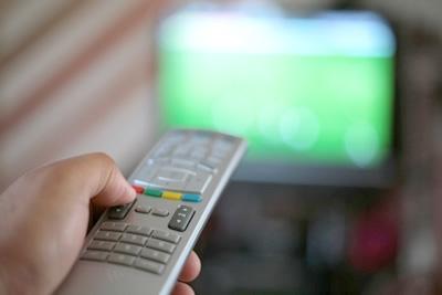 Taxa extra cobradas pela TVs a cabo estão com os dias contados.