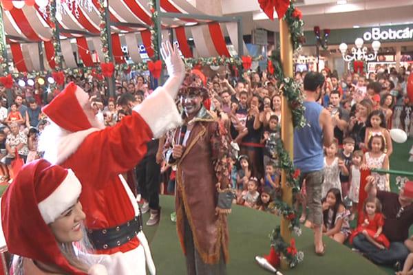 Papai Noel chega ao ItaúPower Shopping