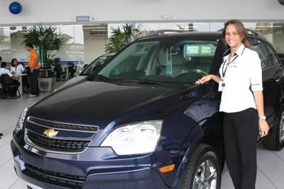 Redução de IPI atrai compradores de veículos.