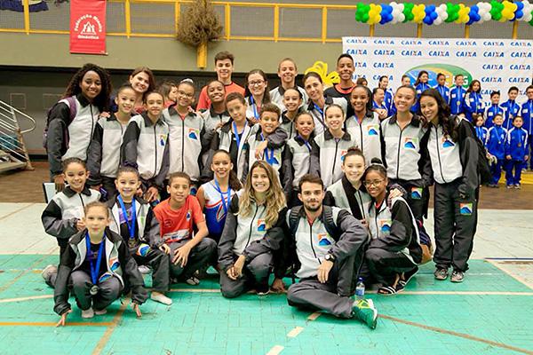 Ginastas de Contagem se destacam no Campeonato Brasileiro de Trampolim