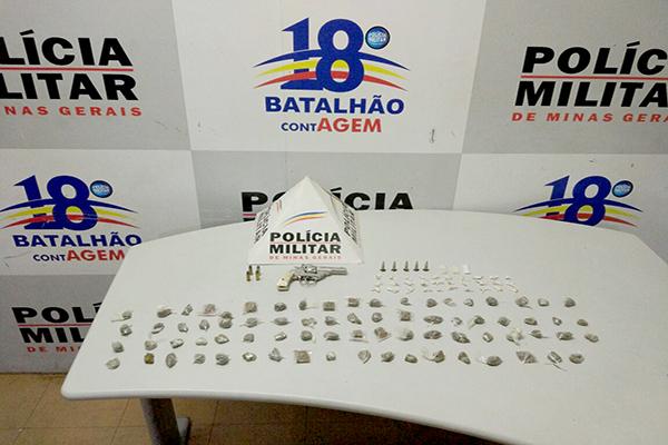 Drogas, arma e munições são apreendidas no bairro Campo Alto