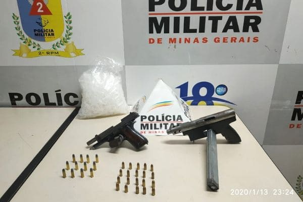 Denúncia de sequestro leva à apreensão de armas e munições