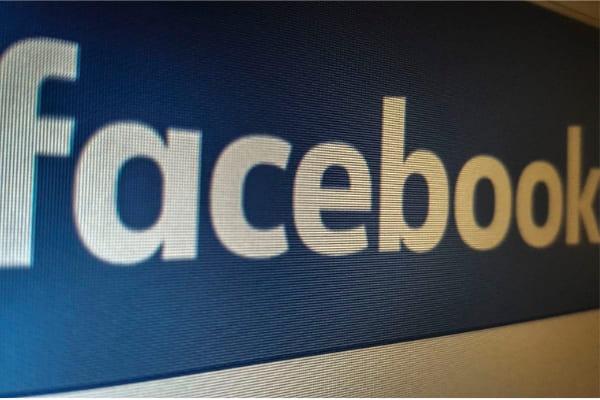 Mudança em servidor causou instabilidade, diz Facebook