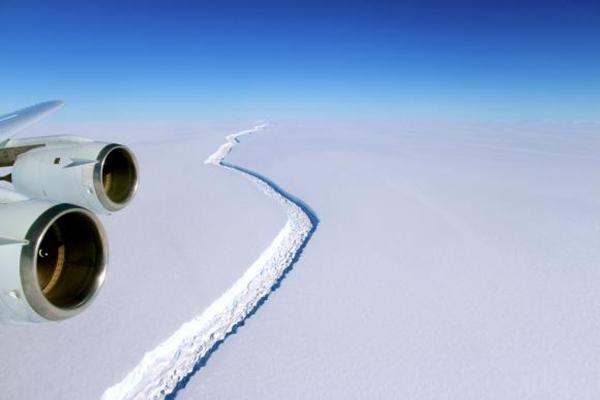 Desprendimento de iceberg da Antártida preocupa cientistas