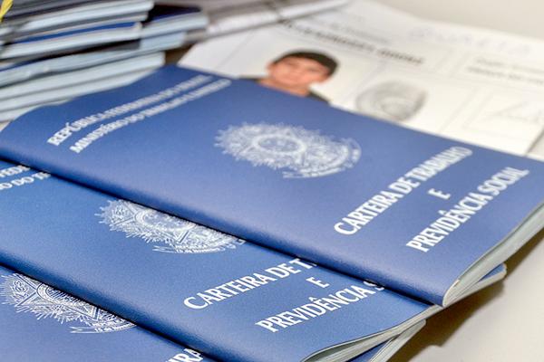 Lei que reforma CLT é publicada no Diário Oficial da União