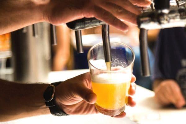 Festival de cerveja artesanal e gastronomia estreia em Contagem