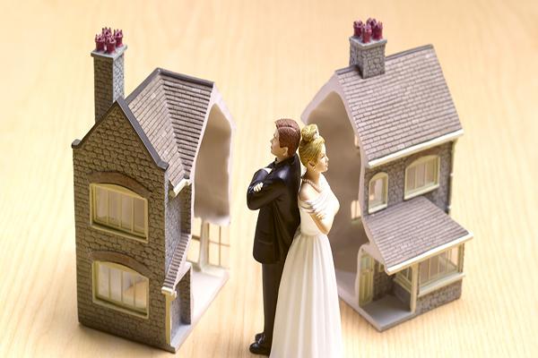 Brasil registra queda no número de casamentos em 2016