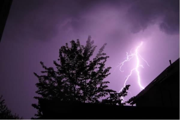 Tempo continua chuvoso em Contagem