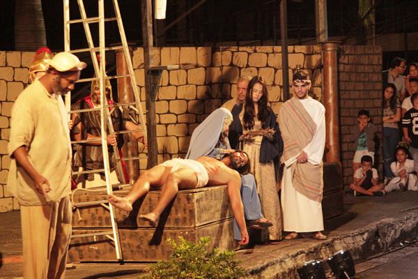 Morte e paixão de Cristo em Contagem