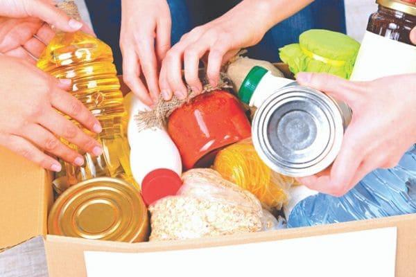 LBV ajuda famílias carentes com cestas básicas e produtos de limpeza