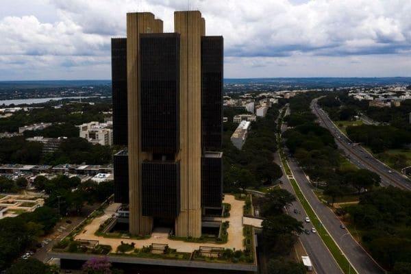 Bancos Pan, BMG e Inter lideram ranking de reclamações ao BC