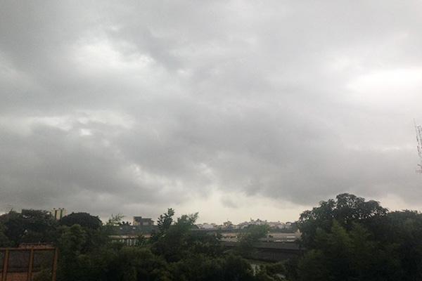Contagem pode ter chuva nesta terça-feira