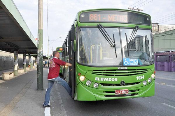 Linhas de ônibus passam por mudanças em Contagem