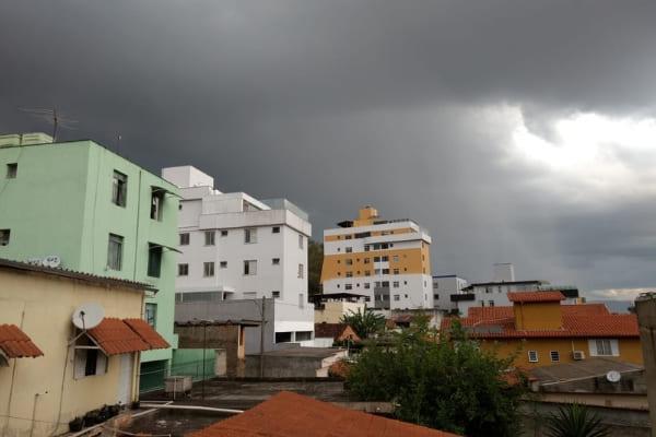 Fim de semana chuvoso está previsto para Contagem
