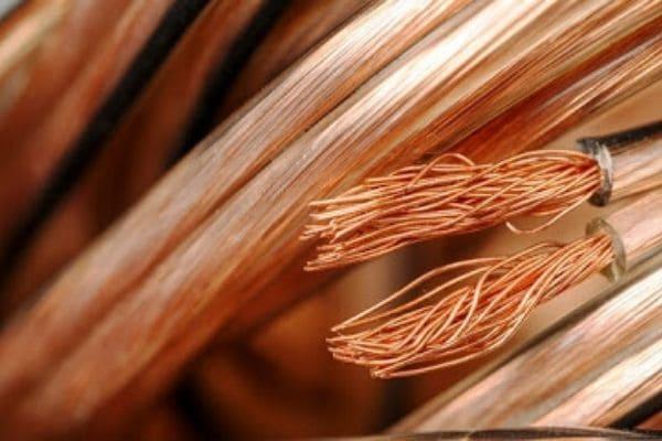 Investigação de furtos de fios de cobre tem alvos em Contagem