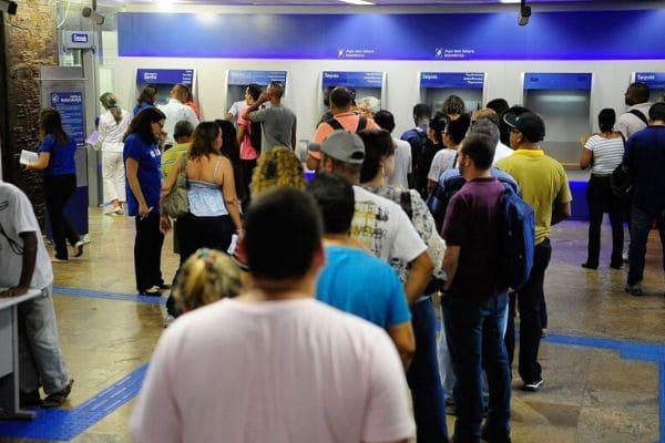 Caixa inicia na quinta-feira o pagamento do abono do PIS