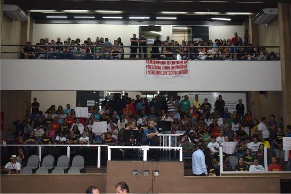 Comerciantes pedem permanência de camelódromo na rua Portugal