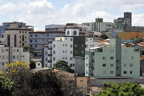 Crise econômica favorece investimento no mercado imobiliário