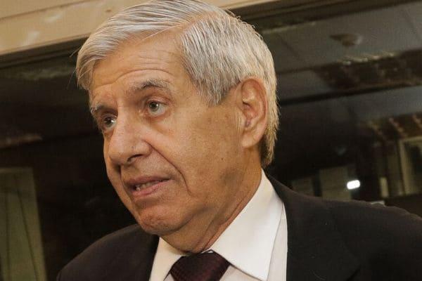 Ministro do GSI testa positivo para o novo coronavírus