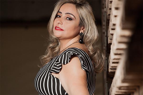 Contagense representará Minas em concurso de modelos plus size