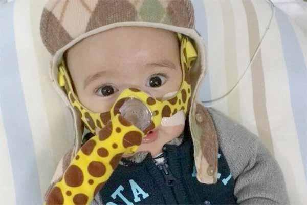 Família pede ajuda para salvar vida de bebê com AME