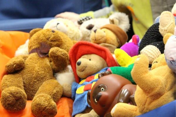 Campanha de Natal arrecada brinquedos em Contagem