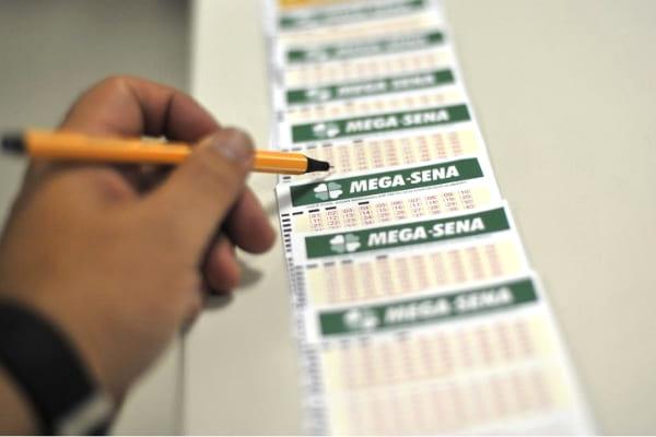 Mega-Sena sorteia na quarta-feira prêmio acumulado de R$ 33 milhões